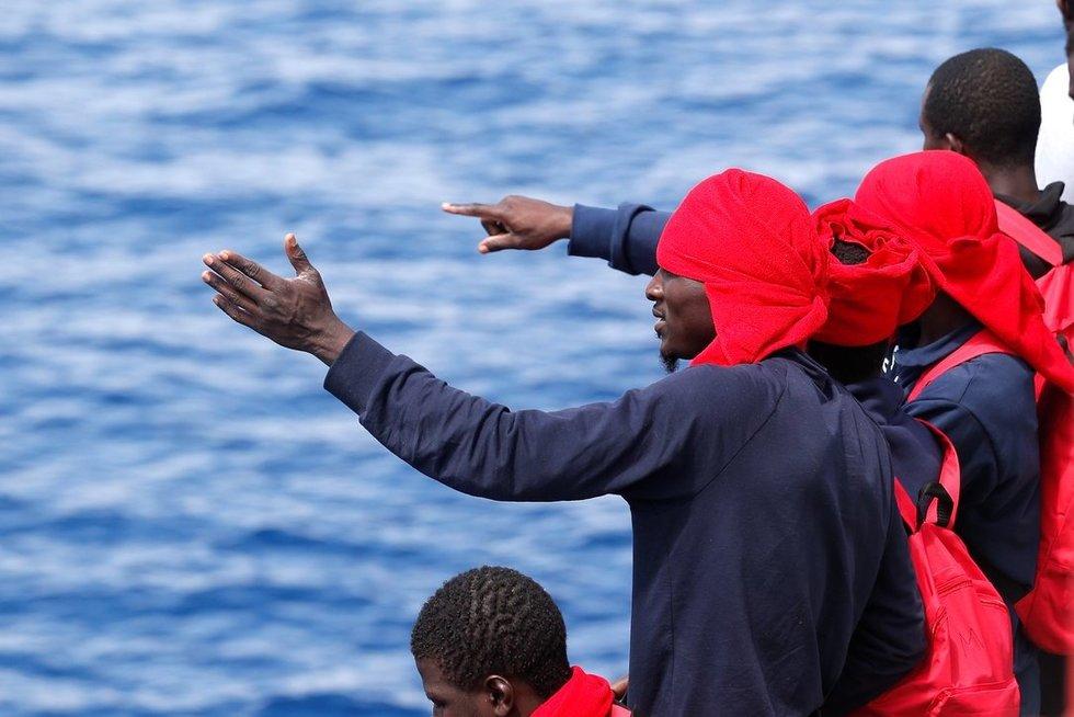 Į Europą bandantys patekti pabėgėliai (nuotr. SCANPIX)