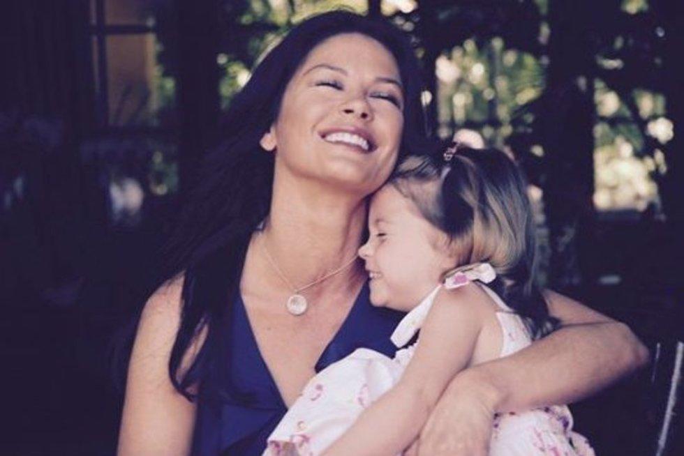 Catherine Zeta-Jones dukra (nuotr. Instagram)