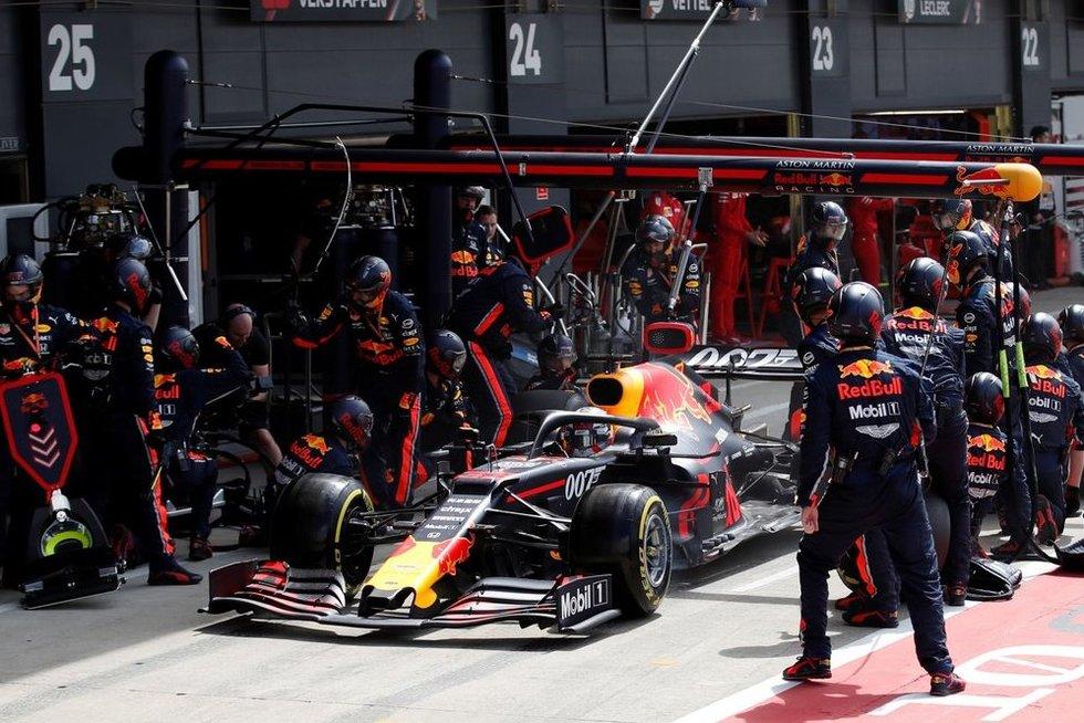 """Red Bull"" komanda (nuotr. SCANPIX)"