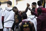 Įspūdingas pasiaukojimas ir kova: LeBronas NBA finale žaidė nepaisant sunkios traumos