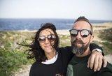 Linas Adomaitis verkia iš laimės: žmona pagimdė dukrelę