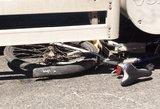 Kaune keleivinis autobusas partrenkė dviratininką
