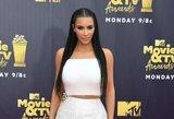 Seksualioji Kim Kardashian gundė gerbėjus: dėmesį patraukė viena detalė