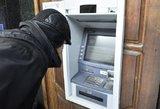 """Permainos banko klientams – persitvarko """"Luminor"""" bankomatai"""