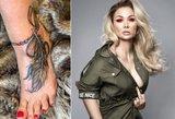 Bunkė ryžosi skausmingai tatuiruotei: nežada sustoti