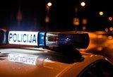 Lazda automobilius niokojęs vyras pasipriešino pareigūnams