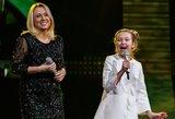 Įspūdingas duetas: V. Tarasovienė uždainavo su dukra