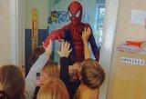 Lietuviškas superherojus pildo vaikų svajones: jį pamatyti trokšta šimtai