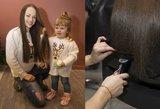 I.Puzaraitė renginyje palepino plaukus: mamos grožį įvertino ir dukrelė