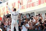 """""""Ferrari"""" sugadino dvigubą """"Mercedes"""" šventę Vengrijoje"""
