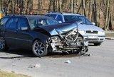 Per avariją Vilniuje susidūrė trys automobiliai: sužalota keleivė – ligoninėje