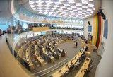 Seimas nori gelbėti politinius perbėgėlius: keičia tvarką