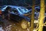 Pareigūnai prašo pagalbos – ieškomas vyrą mirtinai partrenkęs ir gulėti palikęs vairuotojas