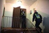 Tragiškas įvykis Klaipėdoje – užsimušė iš balkono iškritęs vyras