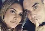 Robbie Williamso žmona atskleidė poros paslaptį: miega trise