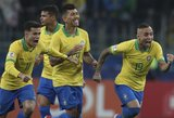 """""""Copa America"""" pusfinalyje – 11 m baudinius laimėję brazilai"""