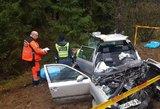 Tragiška avarija Kauno rajone: vairuotoja ir keleivė žuvo vietoje