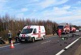 Policija: aiškėja, kodėl įvyko tragiška avarija Ukmergės raj.