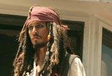 """""""Karibų piratų"""" gerbėjai – šokiruoti: Deppo filmuose daugiau nebeišvysime"""