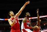 """Pirmieji Donato Motiejūno taškai po 8 mėnesių ir """"Rockets"""" pergalė"""