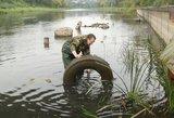 Pasaulinė švarinimosi akcija: vėsų šeštadienį lietuviai pradėjo valydami upes ir pakrantes