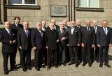 Pirmosios vyriausybės 25-mečio išvakarėse – simbolinis ministrų kabineto posėdis