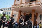 Indonezijoje persprogdinimus bažnyčiose žuvo devyni žmonės