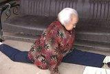 Insultą patyrusi 87-erių senolė rado šokiruojantį būdą pasveikti