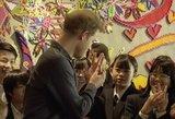Princas Harry pateko į kuriozą: privalėjo rodyti vestuvinį žiedą, nes neatsiginė dėmesio