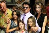 Garsaus aktoriaus mažosios dukrytės užaugo: gražuolės tiesiog neatsigina vaikinų dėmesio