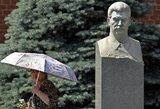 Pavojingi žaidimai: Rusijos lyderiai mėgina aukštinti Staliną