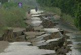 Pakistaną sudrebino žemės drebėjimas: yra žuvusių