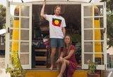 Ši pora gyvena autobuse: sunku patikėti, kaip jis atrodo viduje