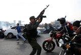 Venesuelos krizė jau nusinešė gyvybių – nušauta moteris