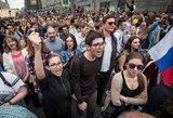 """Aleksejus Navalnas išjudino """"YouTube"""" kartą, tačiau to neužtenka revoliucijai"""