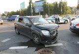 Nepatyręs vairuotojas taranavo kitą automobilį: nukentėjo vos dvejų metukų mergaitė