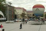 Vilniuje prasidėjo žygis per tris šalis: automobiliai ir motociklai leidžiasi minėti vienybės ir laisvės