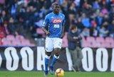 Siaubas Italijoje: nesibaigiantis rasizmas, sirgalio mirtis ir prašymai nutraukti rungtynes