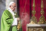 Vatikanas pareiškė kaltinimus dviem buvusiems vadovams