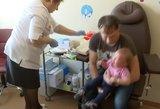 """Šimtmečio kova: """"antivakserių"""" karai vyksta nuo pirmos vakcinos atsiradimo"""