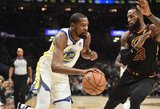 Kevinas Durantas nustūmė LeBroną Jamesą ant bedugnės krašto