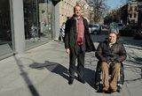 Kliūtys judėti trukdo neįgaliesiems būti savarankiškiems