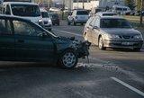 Vienoje judriausių sostinės gatvių – sunkvežimio ir lengvojo automobilio avarija