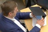 Ramūną Karbauskį narstys trijuose tyrimuose: ar išlips valstiečių lyderis sausas iš balos?