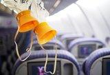 Klaiki panika lėktuvo salone: iškrito deguonies kaukės, keleiviai atsisveikino vieni su kitais