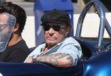 Rokeris Johnny Hallyday paguldytas į ligoninę: grumiasi su plaučių vėžiu