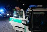 Girtas vairuotojas kaltę dėl avarijos bandė suversti savo keleivei