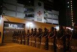 Prasiveržė nesuvaldomas žmonių pyktis – policija imasi visų priemonių