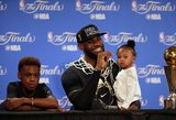 """Primityvus tritaškių svaidymas pražudė """"Warriors"""" komandą NBA finale"""