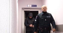 Aiškėja daugiau detalių apie merginą bute įkalinusį vyrą: jis teistas už išprievartavimą